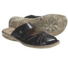 Josef Seibel Izzy Clogs - Leather (For Women) in Black - Closeouts