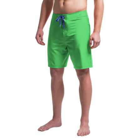 Just Keep Livin Solid Stretch 4X Boardshorts (For Men) in Bright Green - Closeouts