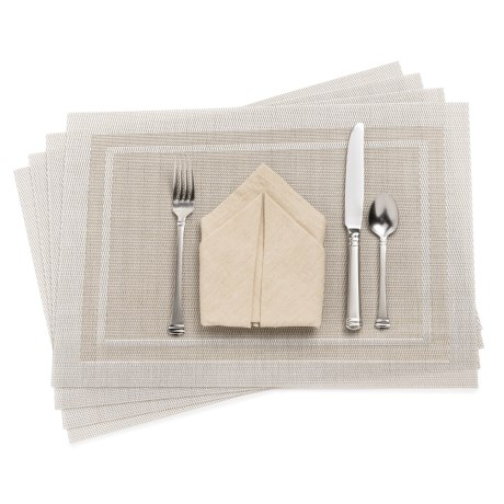 KAF Home Moderne Placemat with Border - Set of 4 in Champagne