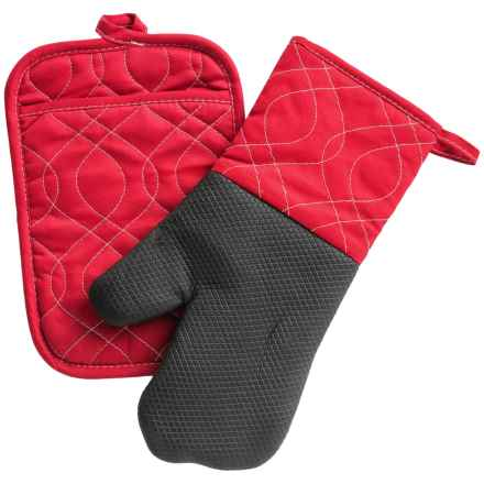 KAF Home Oven Mitt and Pot Holder Set in Cherry - Closeouts