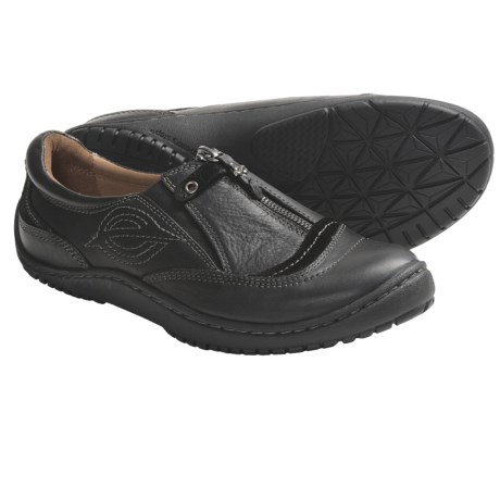 Kalso Earth Intone Shoes - Leather, Front Zip, Slip-Ons (For Women) in Ochre Vintage Leather