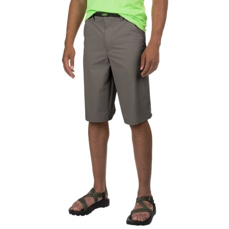Kast Gear Tailspin Guide Shorts - UPF 40 (For Men) in Graphite