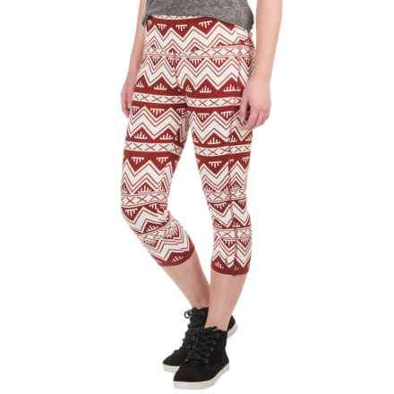 Kavu Cadence Chop Capri Leggings (For Women) in Sw Chevron - Closeouts