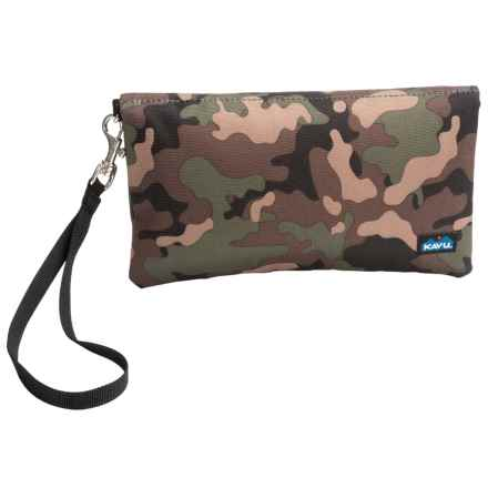 Kavu Clutch-N-Go in Camo - Closeouts