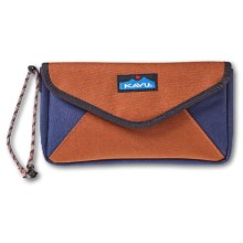 Kavu Envylope Clutch (For Women) in Terrain - Closeouts