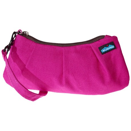 Kavu Kennedy Clutch in Magenta