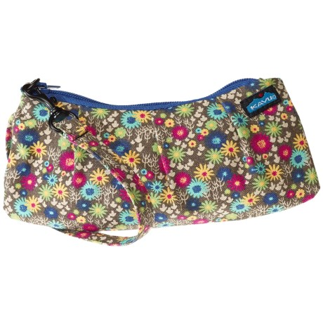 Kavu Kennedy Clutch in Mini Meadow