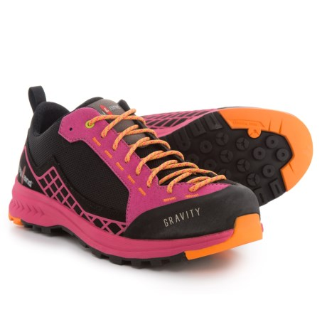 Kayland Gravity Hiking Shoes (For Women) in Black/Lilac