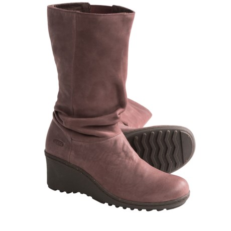 Keen Akita Mid Boots - Nubuck (For Women) in Miles
