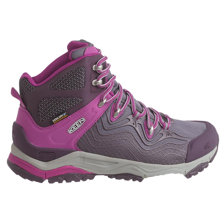 Popular KEEN Logan Mid Hiking Boot - Womenu0026#39;s | Backcountry.com