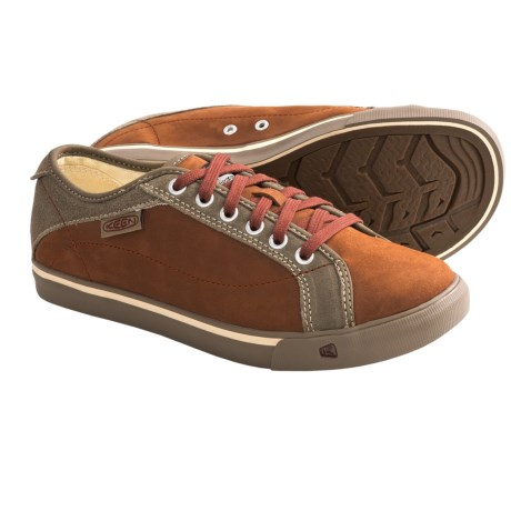 Keen Arcata Shoes - Leather Lace-Ups (For Women) in Madder Brown/Brindle