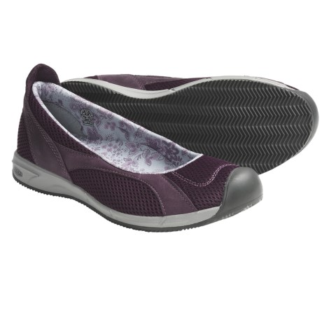 Keen Auckland Ballerina Shoes (For Women) in Prune Purple