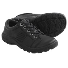 Keen Austin II Shoes - Leather (For Big Boys) in Black - Closeouts