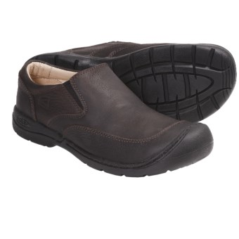 Keen Bidwell Shoes -Slip-Ons (For Men) in Tobacco
