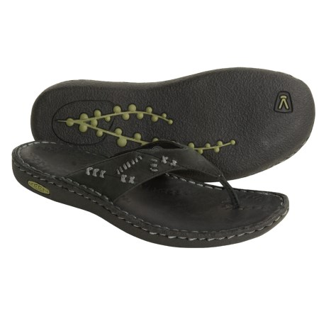 Keen Bree Thong Sandals - Nubuck Leather (For Women) in Black