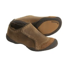Keen Chamonix Shoes - Slip-Ons (For Women) in Pinecone - Closeouts