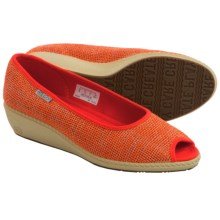 Keen Cortona Wedge Shoes - Jute, Peep Toe (For Women) in Pumpkin - Closeouts