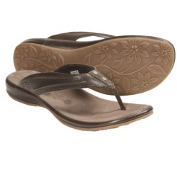 Keen Emerald City Thong Sandals - Leather (For Women) in Slate Black