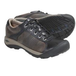 Keen Finlay Shoes (For Men) in India Ink/Brindle
