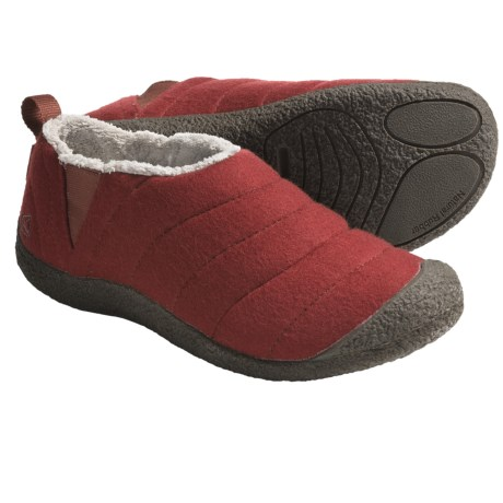 Keen Howser Wool Slipper Shoes (For Men) in Burnt Henna