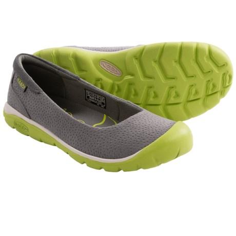 Keen Kanga Ballerina Shoes (For Women) in Gargoyle/Bright Chartreuse