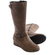 Keen Keen of Scots Boots - Nubuck (For Women) in Cascade Brown - Closeouts