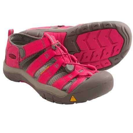 Keen Newport H2 Sport Sandals (For Youth) in Rose Red/Gargoyle
