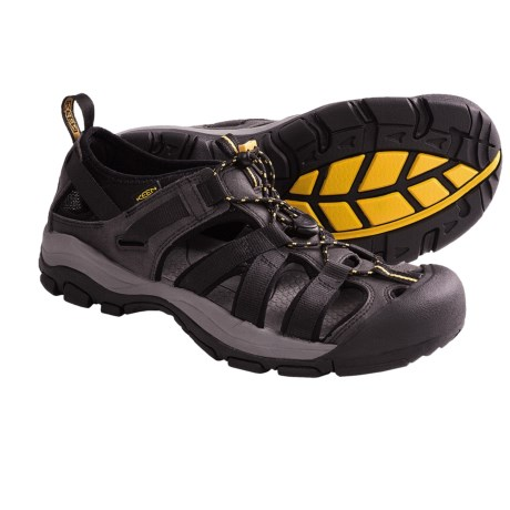 Keen Owyhee Shoes (For Men) in Black/Keen Yellow