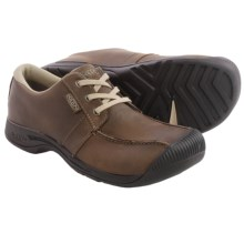 Keen Reisen Low Oxford Shoes - Leather (For Men) in Cascade Brown - Closeouts