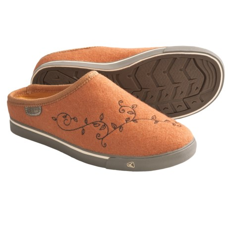Keen Trillium Shoes - Wool, Slip-Ons (For Women) in Burnt Orange
