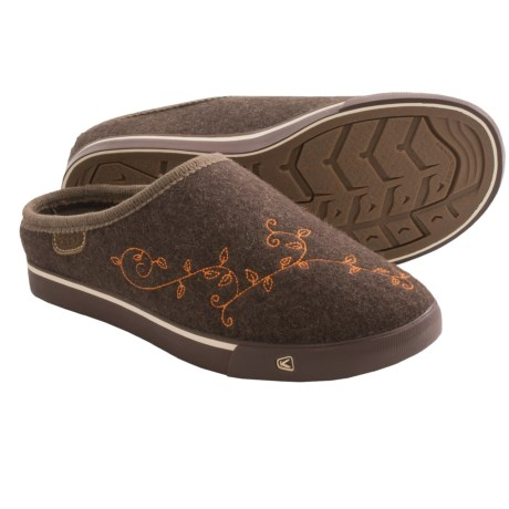 Keen Trillium Shoes - Wool, Slip-Ons (For Women) in Chocolate Brown