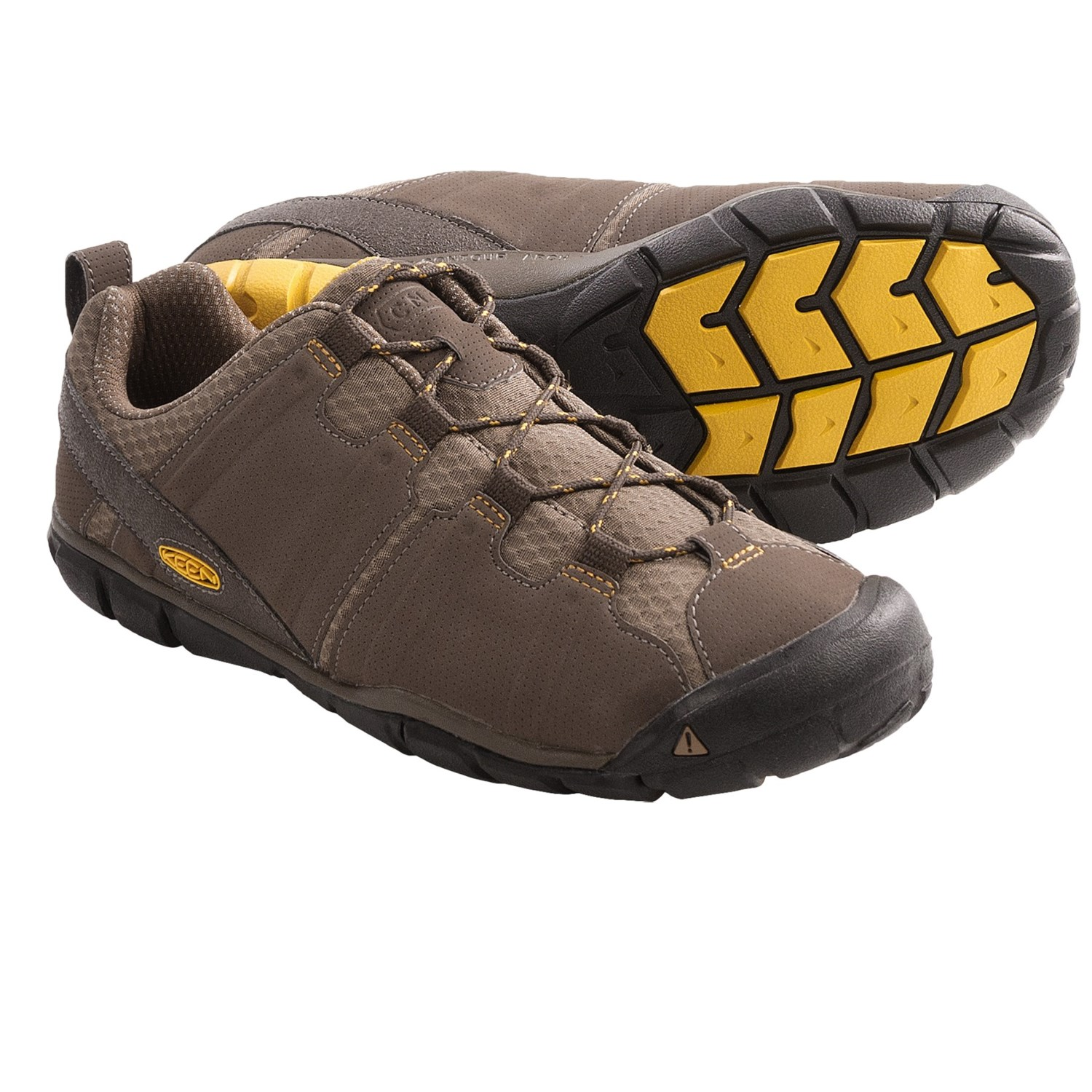 Keen tunari cnx hiking shoes lightweight for men in chocolate