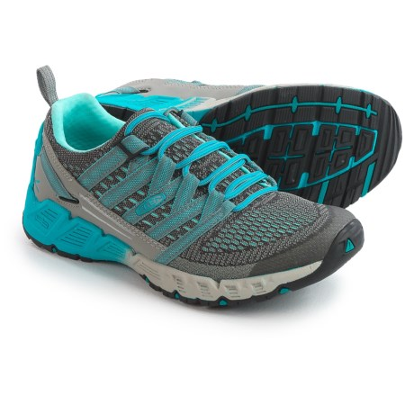 Keen Versago Hiking Shoes (For Women)
