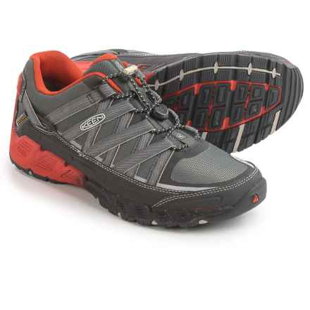 Keen Versatrail Hiking Shoes - Waterproof (For Men) in Raven/Burnt Ochre - Closeouts
