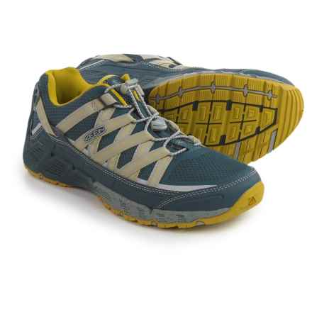 Keen Versatrail Low Hiking Shoes (For Men) in Midnight Navy/Warm Olive - Closeouts