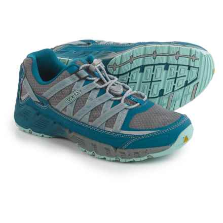 Keen Versatrail Low Hiking Shoes (For Women) in Ink Blue/Eggshell - Closeouts