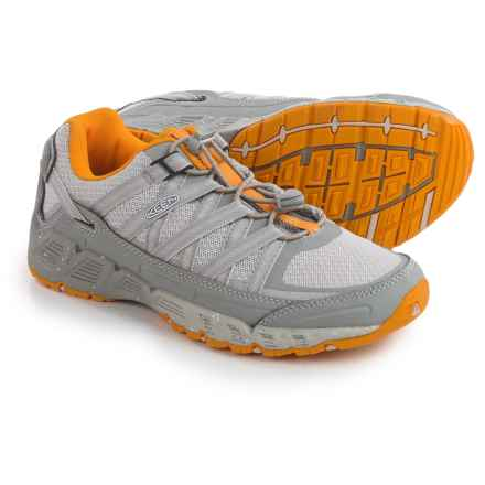 Keen Versatrail Low Hiking Shoes (For Women) in Neutral Gray/Saffron - Closeouts