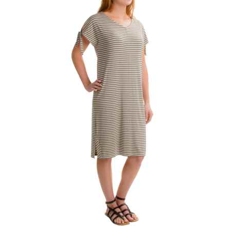 Kenar V-Neck Knee-Length Dress - Sleeveless (For Women) in Oatmeal Heather/Olive - Closeouts