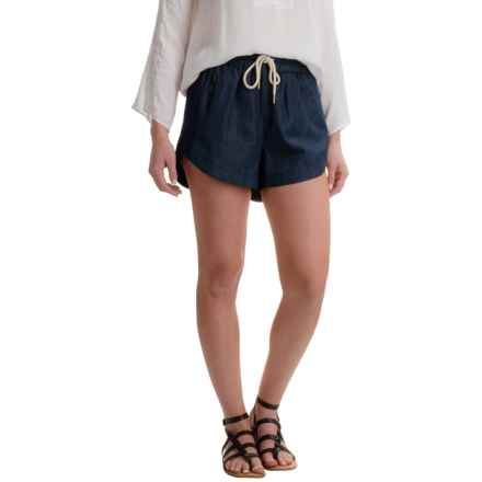 Kensie Chambray Drawstring Shorts (For Women) in Dark Indigo - Closeouts