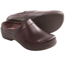 Klogs Prairie Leather Clogs (For Women) in Mahogany Smooth - Closeouts