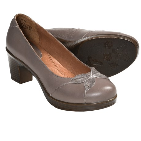 Kravings by Klogs Carly Pumps (For Women) in Taupe