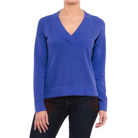 Krimson Klover Caroline Boxy V-Neck Sweater (For Women) in Indigo