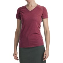 Kuhl Prima Shirt - V-Neck, Short Sleeve (For Women) in Scarlet - Closeouts