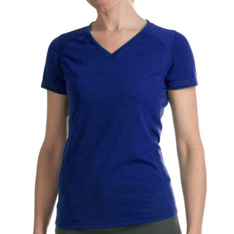 Kuhl Prima Shirt - V-Neck, Short Sleeve (For Women) in Twlight