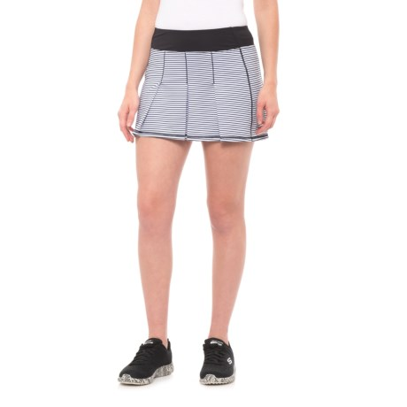 Kyodan Pleated Striped Skort (For Women) in Black/ White Stripe