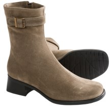 La Canadienne Rochel Winter Boots (For Women) in Stone Suede - Closeouts