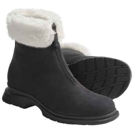 La Canadienne Tess Boots - Shearling Lining (For Women) in Black - Closeouts