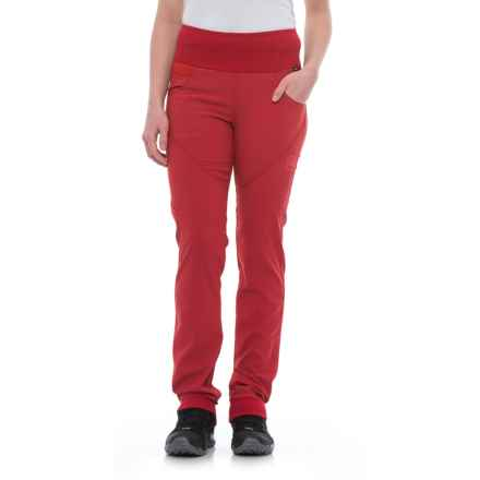 La Sportiva Chaxi Pants (For Women) in Berry - Closeouts