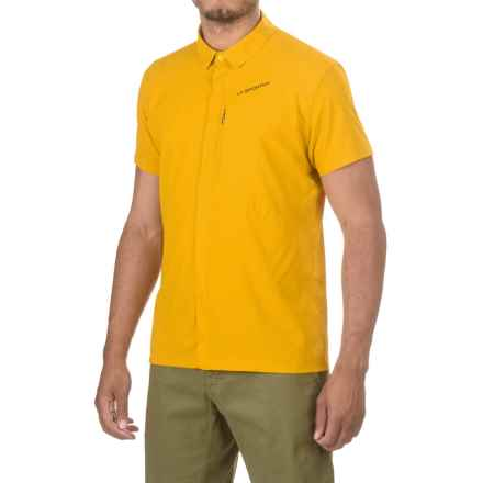 La Sportiva Chrono Shirt - Short Sleeve (For Men) in Nugget - Closeouts