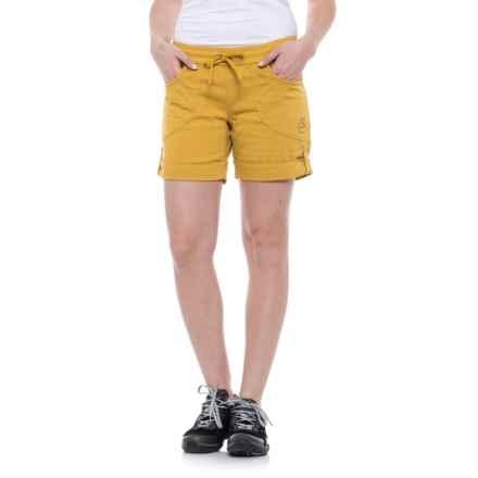 La Sportiva Hueco Shorts - Cotton Blend (For Women) in Nugget - Closeouts
